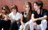 13-07-08 teenagers-pan_25373